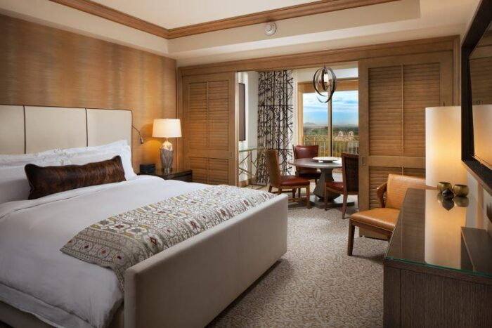 Canyon Suites at The Phoenician, A Partner Hotel of The Luxury Travel Agency