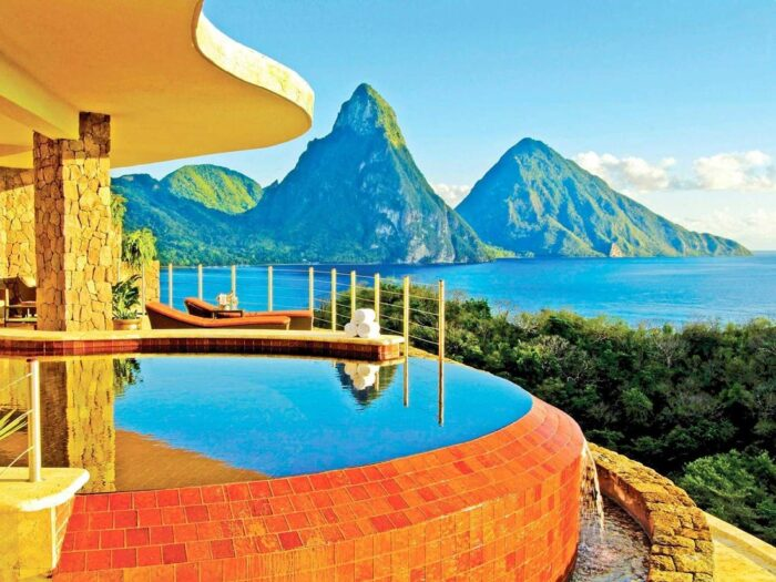 Luxurious Properties in the Caribbean