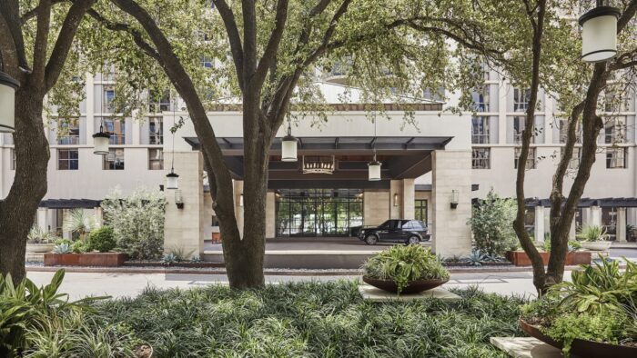 Four Seasons Austin, A Partner Hotel of The Luxury Travel Agency