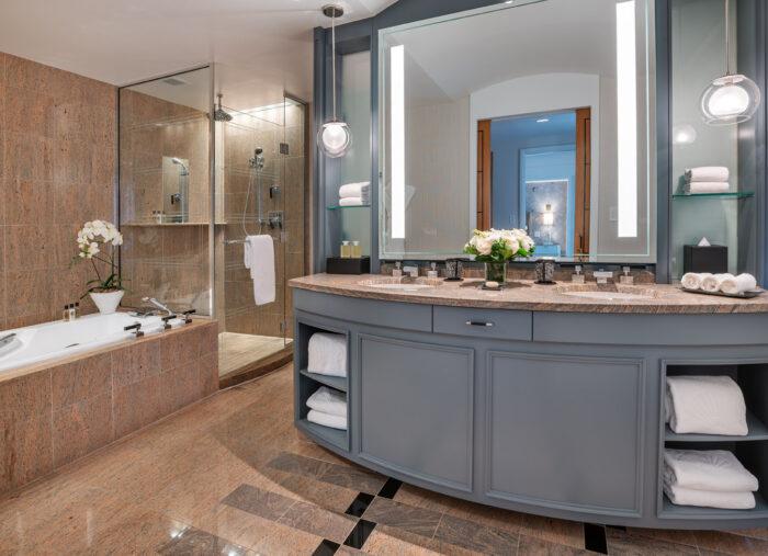 The Mandarin Oriental Boston, A Partner Hotel of The Luxury Travel Agency